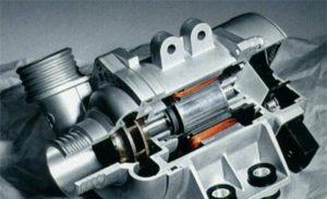 Електронната водна помпа на BMW има толкова много предимства и може да спести гориво